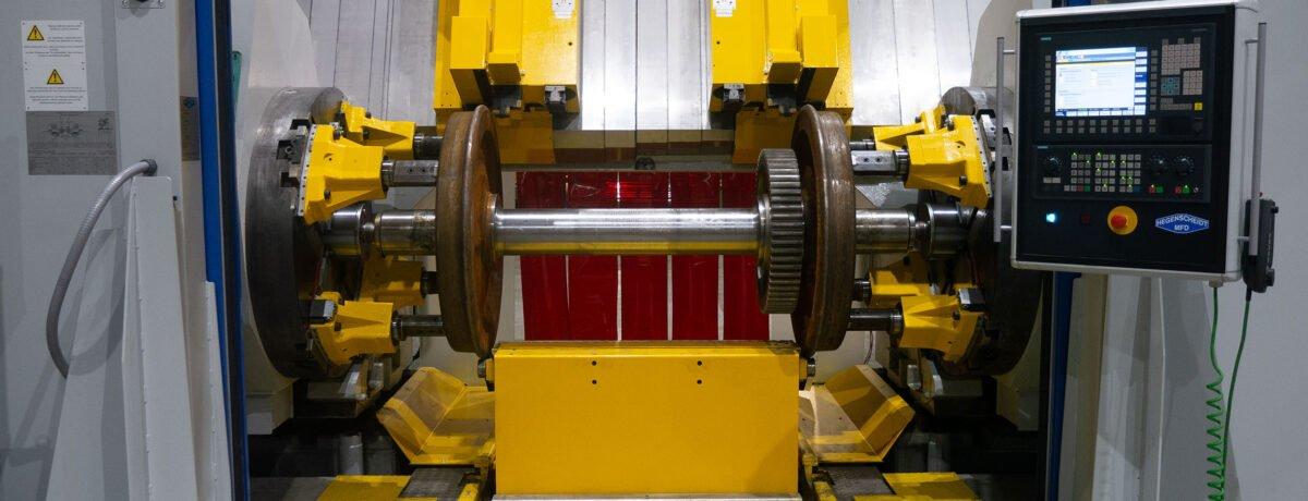 Hegenscheidt Portal Wheel Lathe for wheel set production