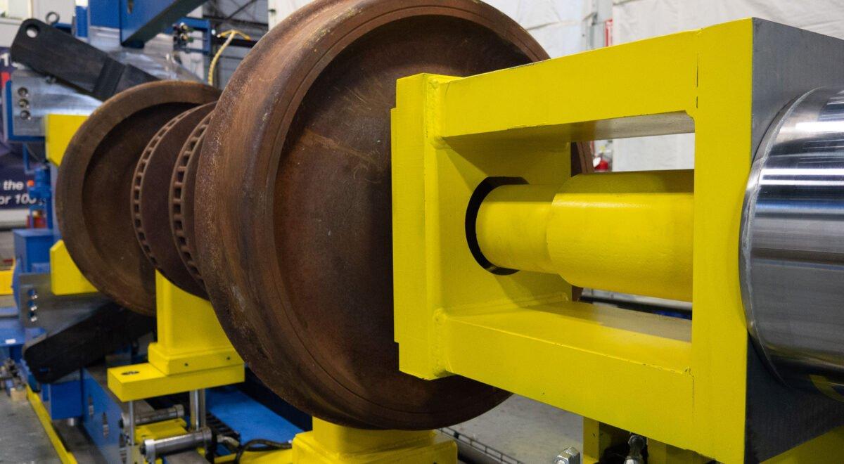 Wheel press for railway wheel sets