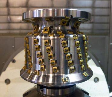 Подрельсовый станок Stanray M3 для фрезерной обработки колес